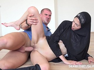 Sexual intercourse With Muslim Emaciate Woman - Porn Clip