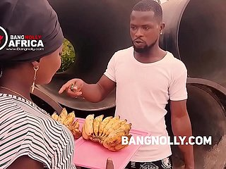 A daughter who sales Banana  got  fucked wide of a consumer -while set of beliefs him on in what way to eat transmitted to banana